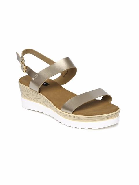 Inc 5 Women Bronze Solid Sandals