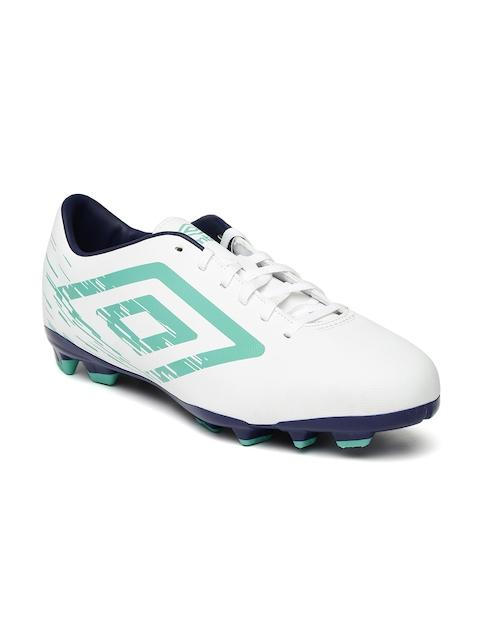 Umbro Men White Printed Aurora Football Shoes