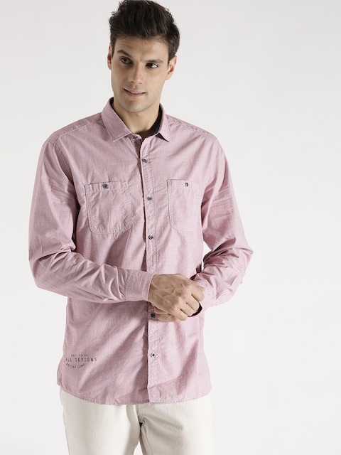 s.Oliver Men Pink Solid Casual Shirt