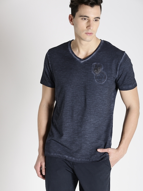 s.Oliver Men Navy Blue Solid V-Neck T-shirt