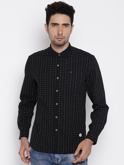 Lee Men Black Regular Fit Printed Casual Shirt