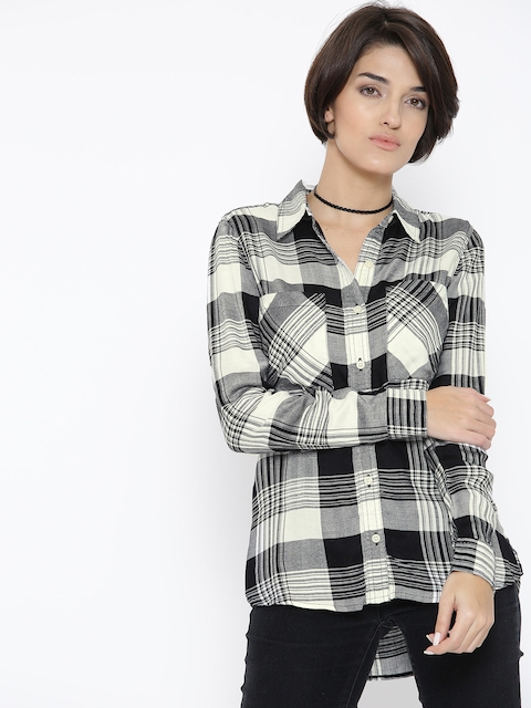 FOREVER 21 Women Black & Off-White Checked Casual Shirt