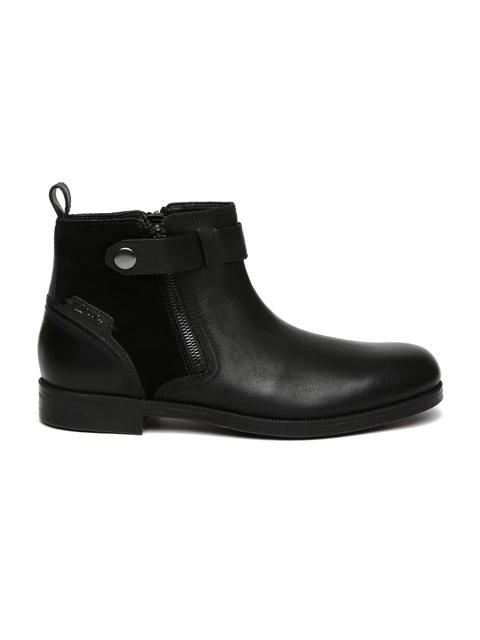 Clarks Men Black Solid Brocton Leather Flat Boots