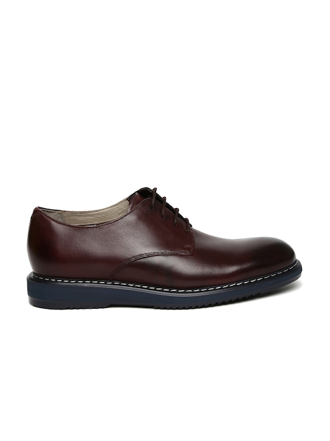 Clarks Men Burgundy Round-Toed Leather Derby Shoes