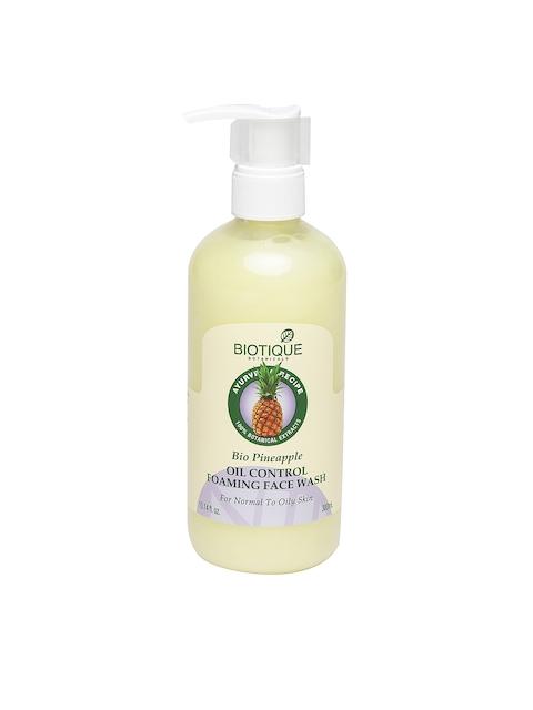 Biotique Bio Pineapple Oil Control Foaming Face Wash (300ml)