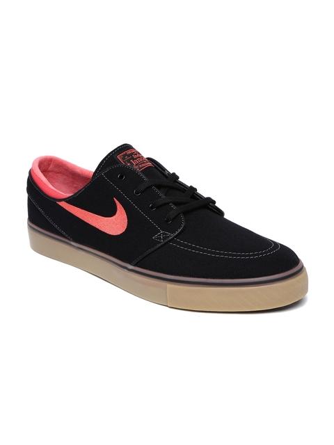 Nike Men Black Zoom Stefan Janoski Canvas Sneakers
