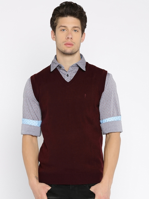 Indian Terrain Men Burgundy Solid Sleeveless Sweater Vest