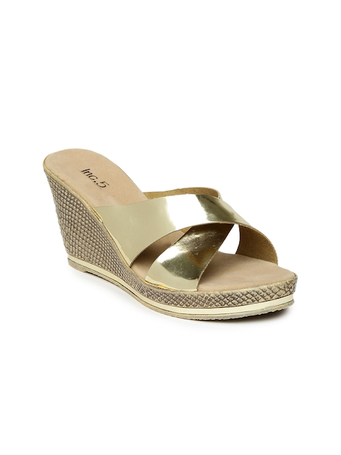 Inc 5 Women Gold-Toned Wedges