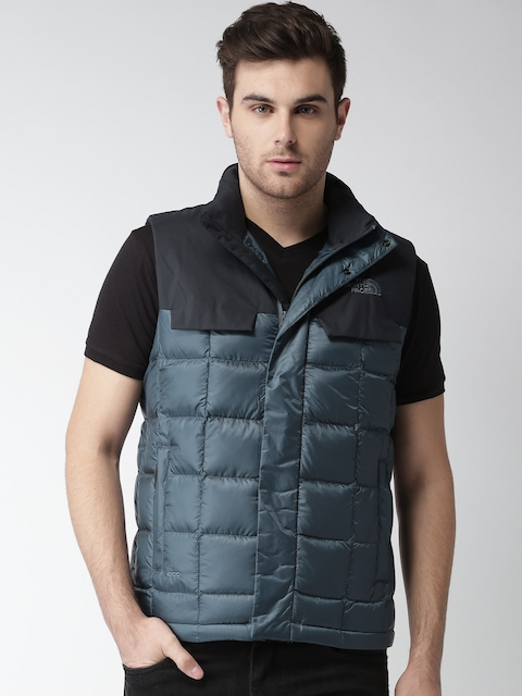 The North Face Navy Sleeveless Asian Fit Quilted Jacket
