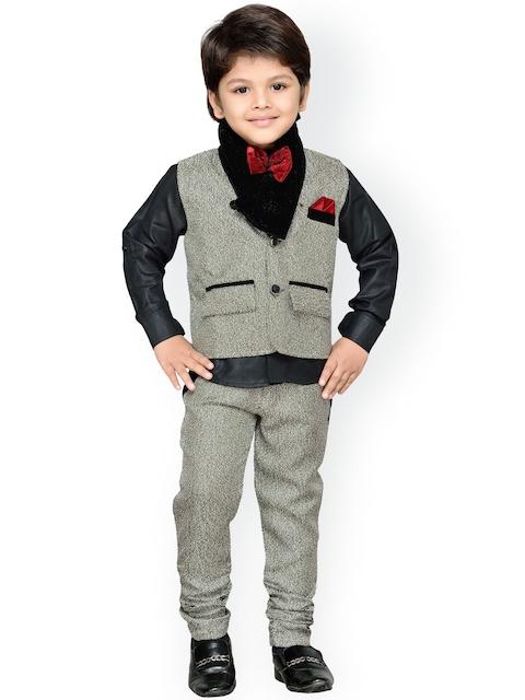 Aj DEZInES Boys Beige & Black Clothing Set