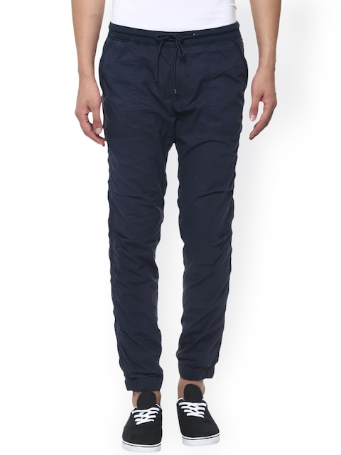 Mufti Men Navy Solid Regular Fit Cuffed Trousers