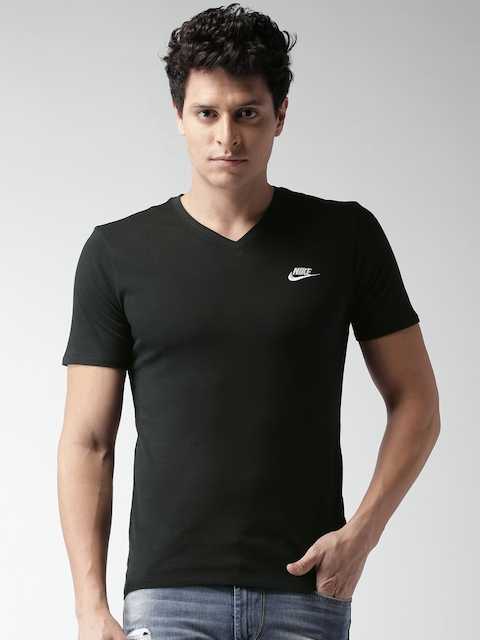 Nike Men Black AS M NSW TEE VNK CLUB Solid T-shirt