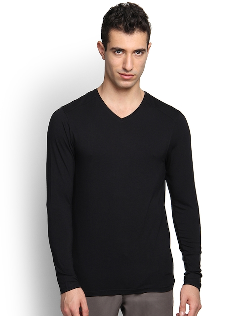 Blackberrys Men Black Solid Slim Fit V-Neck T-shirt