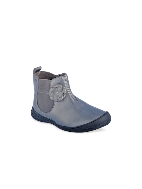 Beanz Girls Grey Solid Mid-Top Flat Boots with Floral Applique