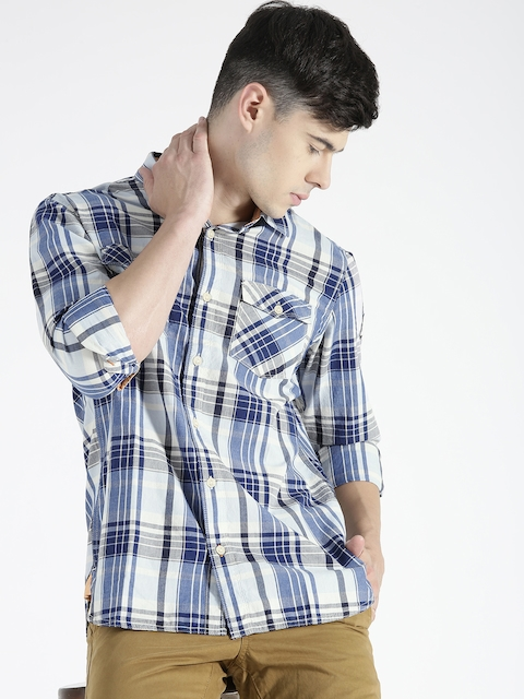 s.Oliver Men Blue & White Checked Casual Shirt