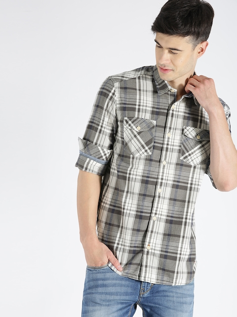 s.Oliver Men Grey & Off-White Checked Casual Shirt