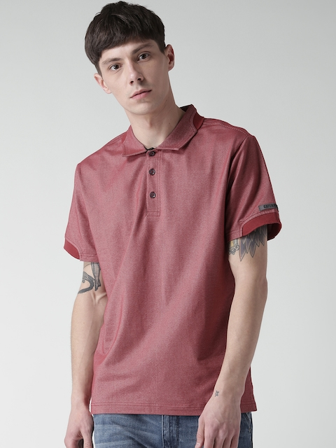 CAT Men Red Momentum Solid Slim Fit Polo Collar T-shirt