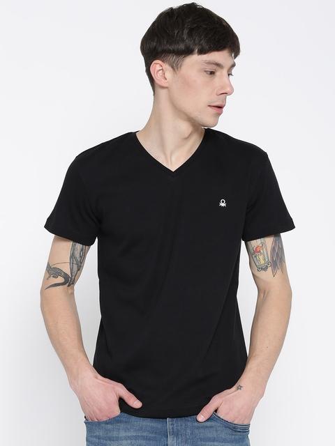 United Colors of Benetton Men Black Solid V-Neck T-shirt