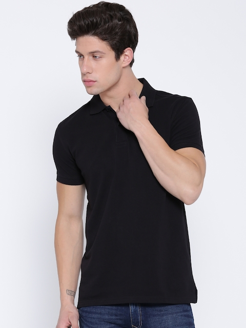 United Colors of Benetton Men Black Solid Polo Collar T-shirt