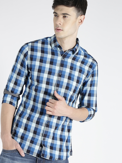 s.Oliver Men Blue & White Slim Fit Checked Casual Shirt