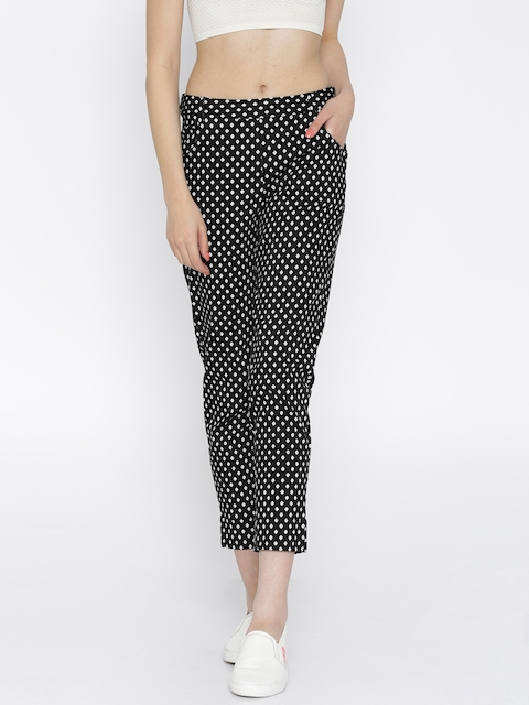 109F Women Black Printed Trousers