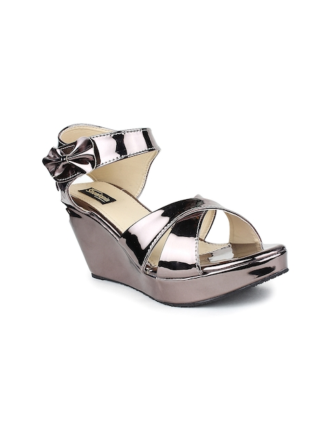 Shoetopia Women Metallic-Toned Solid Wedges