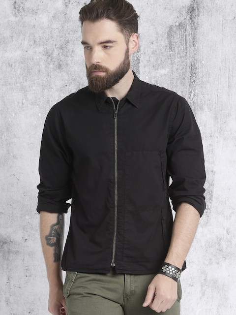 Roadster Men Black Regular Fit Solid Casual Shirt