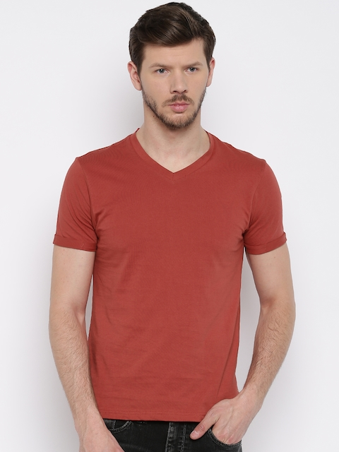 Flying Machine Men Red Solid V-Neck T-shirt