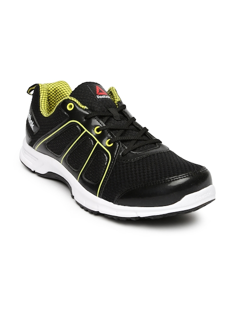 Reebok Men Black Fast N Quick Running Shoes