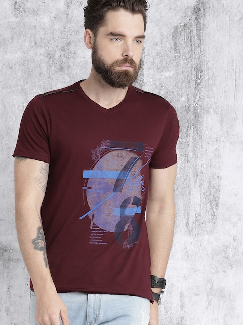 Roadster Men Maroon Printed V-Neck T-shirt