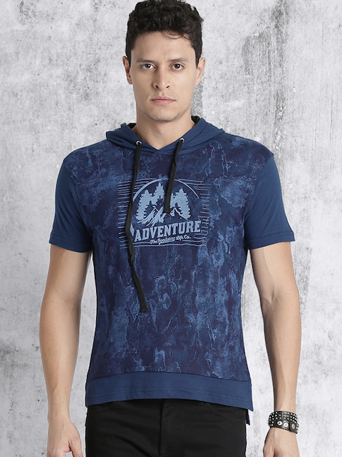 Roadster Men Blue Printed Hooded T-shirt