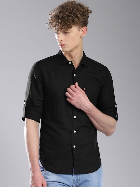 Levis Men Black Solid Slim Fit Casual Shirt
