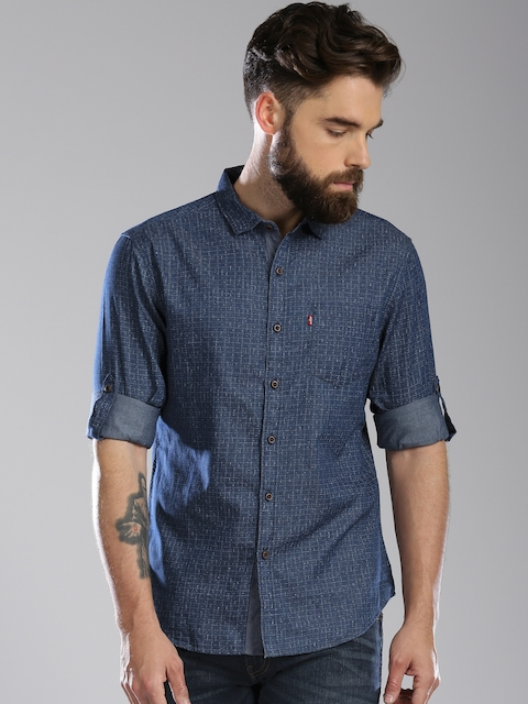 Levis Men Navy Blue Slim Fit Printed Casual Shirt