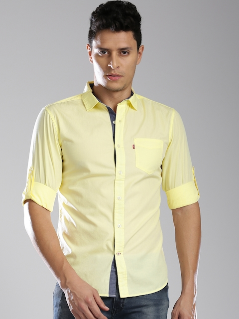 Levis Men Yellow Slim Fit Solid Casual Shirt