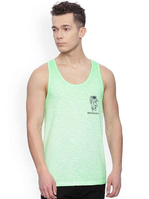 Breakbounce Men Green Slim Fit Sleeveless T-shirt
