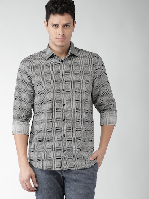 Tommy Hilfiger Black & White Printed Tailored Fit Casual Shirt