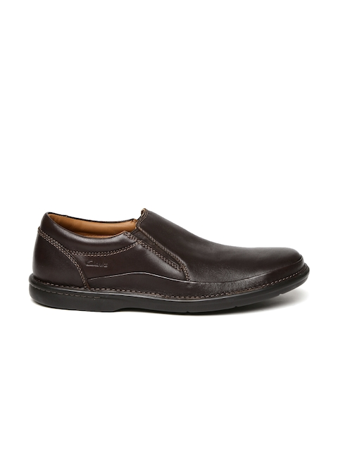 Clarks Men Brown Butleigh Free Walnut Leather Loafers