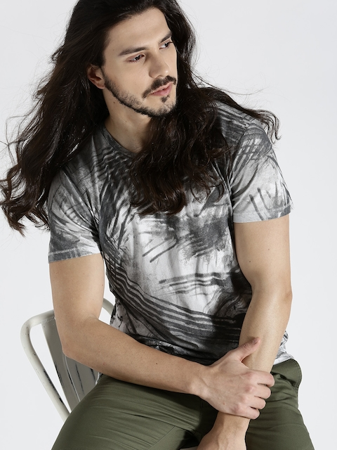 s.Oliver Men Charcoal Grey Printed Round Neck T-shirt