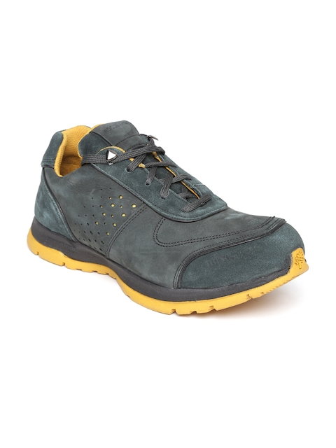 4dce4506f167 Woodland Shoes Price  Buy Woodland Shoes at 70% Off Sale Online