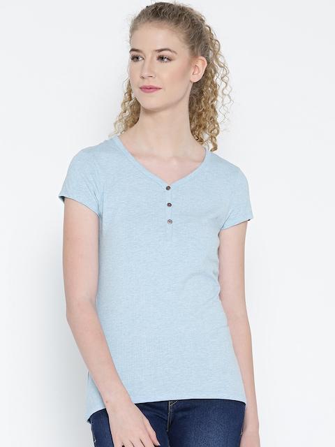 Jockey Women Blue Solid V-Neck Slim T-shirt