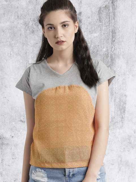 Roadster Women Grey Melange & Peach-Coloured Printed Top