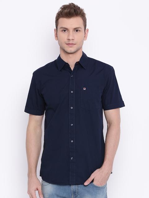 Wrangler Men Navy Blue Regular Fit Solid Casual Shirt
