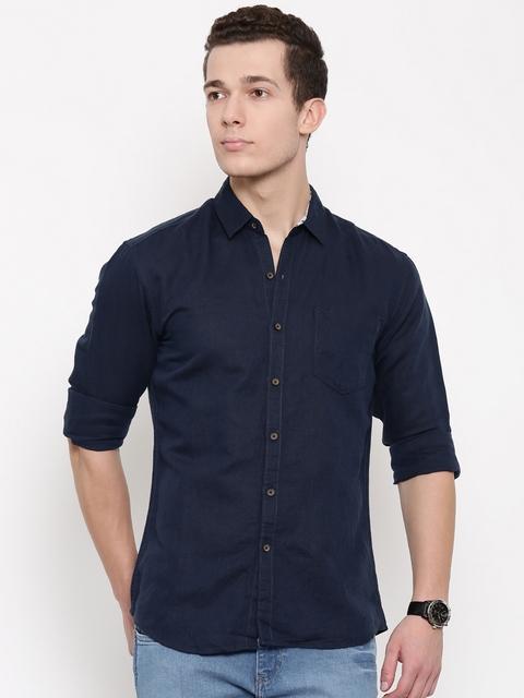 Wrangler Men Navy Blue Slim Fit Solid Casual Shirt