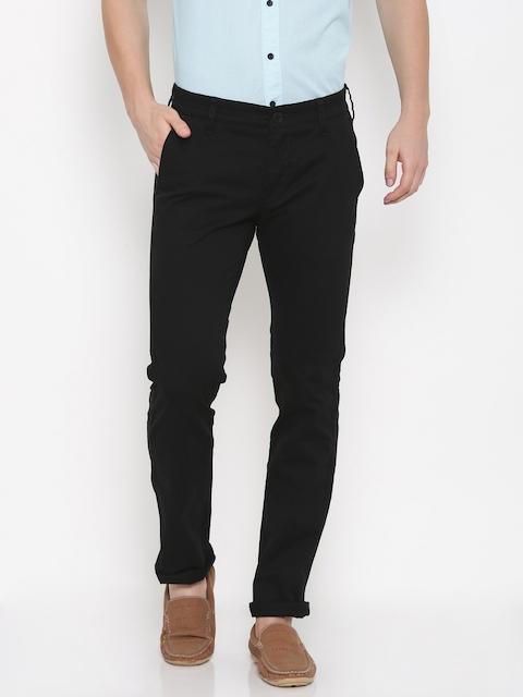 Wrangler Men Black Greensboro Regular Fit Solid Chinos