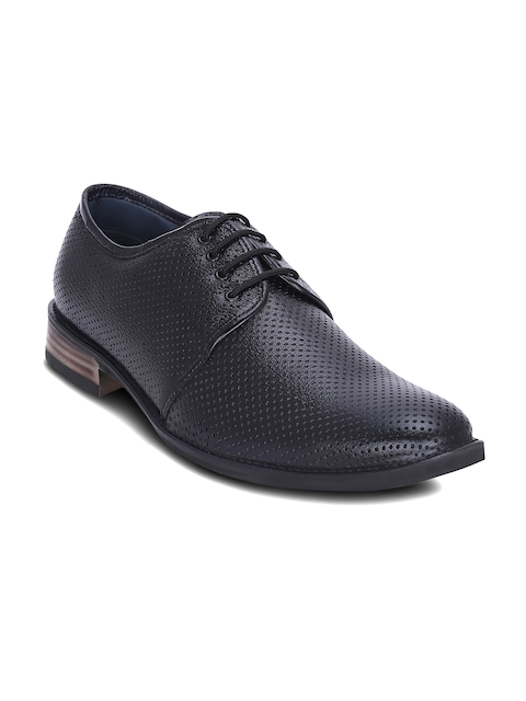 Get Glamr Men Black Textured Leather Semiformal Shoes