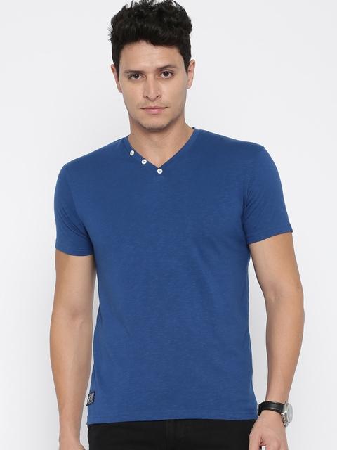 UCLA Men Blue Solid V-Neck T-shirt