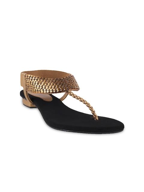 Metro Women Gold-Toned Textured Flats