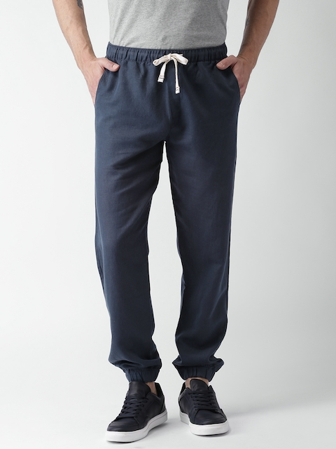 Tommy Hilfiger Men Navy Solid Jogger Trousers