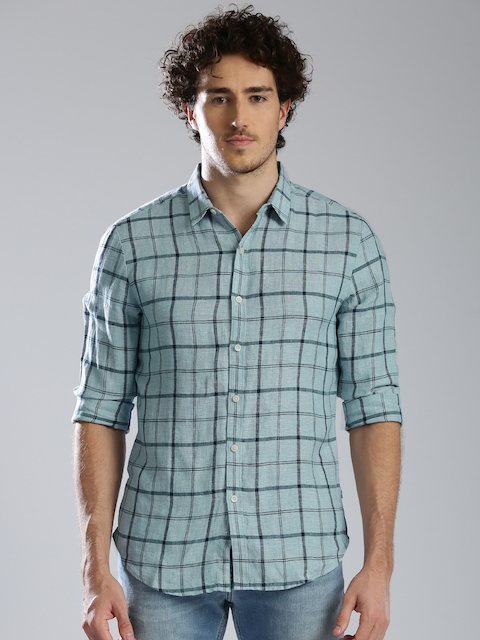 Levis Men Blue Regular Fit Checked Casual Shirt