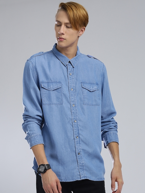 GUESS Men Blue Slim Fit Solid Chambray Shirt